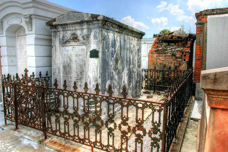 Visit New Orleans Cemeteries Near The French Quarter S