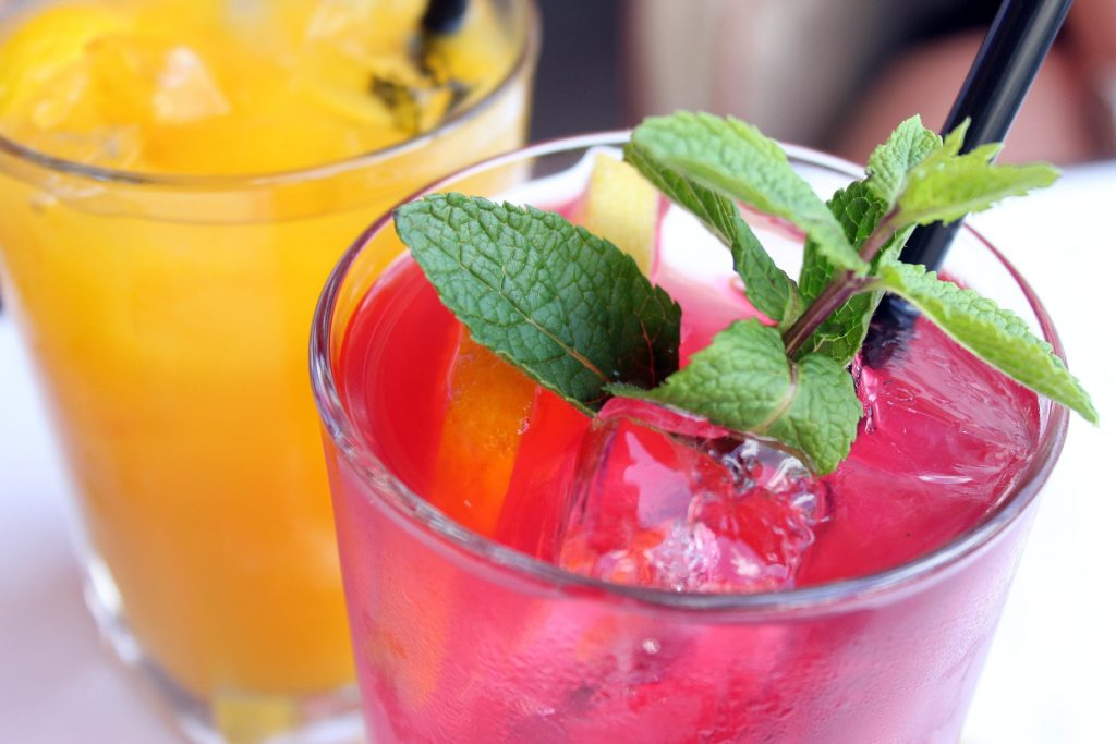 Best Spots for Happy Hour Near Hotel St. Marie in the French Quarter